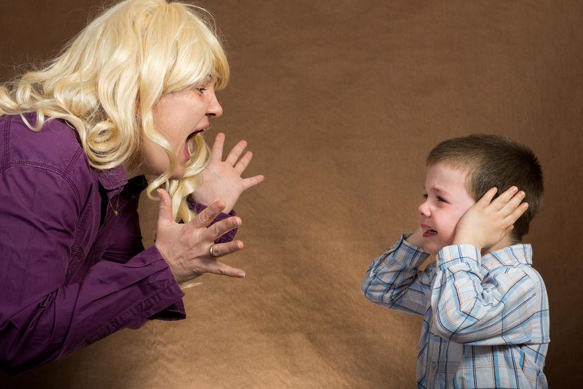 Urlare con i figli non serve a niente