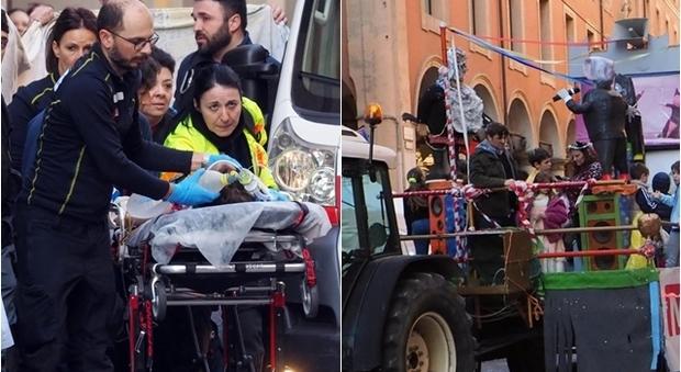 E' morto il bimbo caduto dal carro allegorico durante Carnevale dei Bambini Bologna