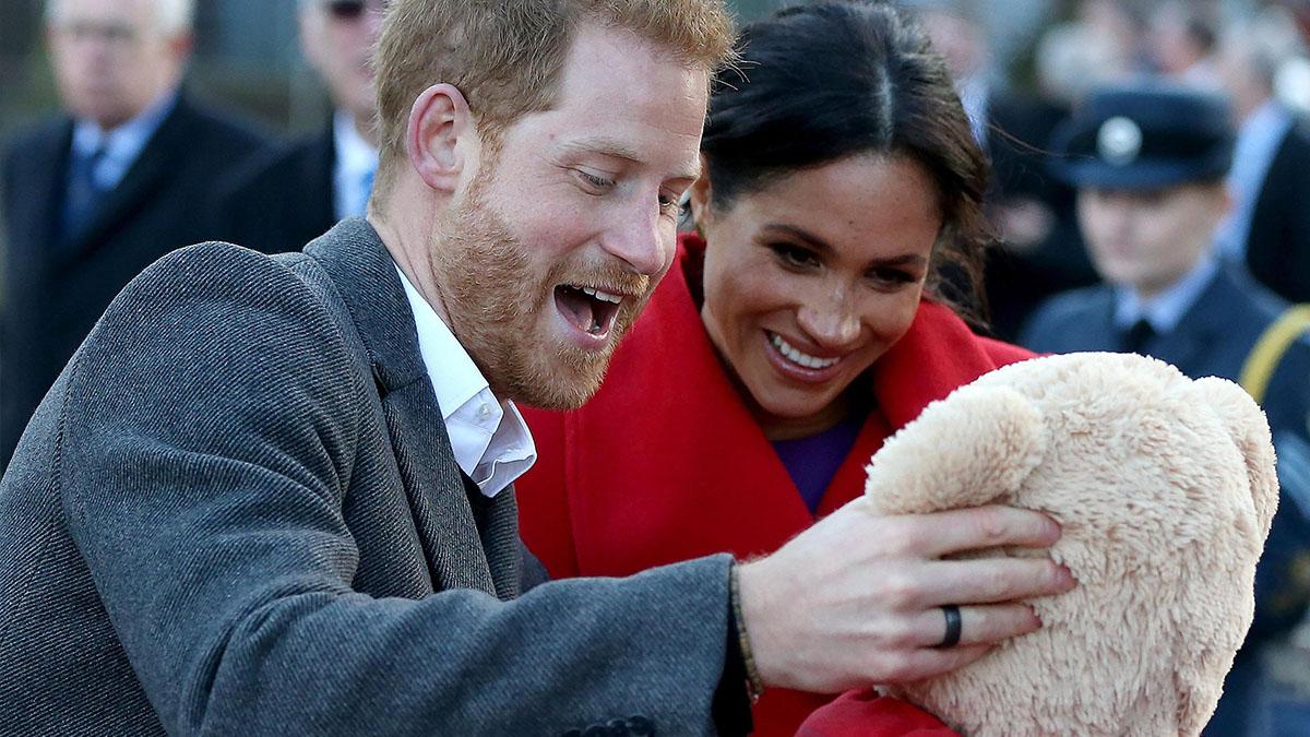 Meghan Markle partorirà con l'hypnobirthing: mai accaduto prima nella famiglia reale