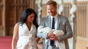 Il figlio di Meghan e Harry 48h circa dopo la nascita