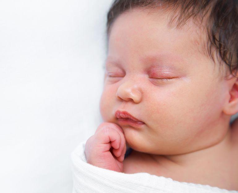 Vendo neonato