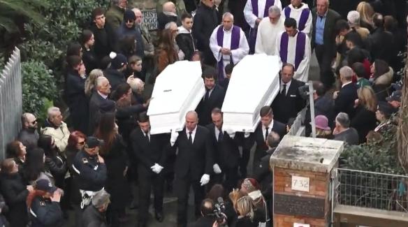 funerali di Gaia e Camilla