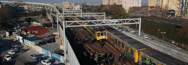 incidente nella metropolitana di Napoli