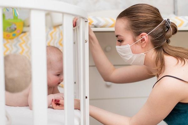 Coronavirus e neonati: cosa deve fare una neo mamma