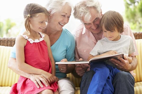 Bonus baby sitter 2020 anche ai nonni: come fare domanda