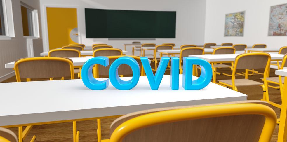 Aula Covid a scuola, i sintomi che determinano che uno studente sia isolato in aula infermieristica.