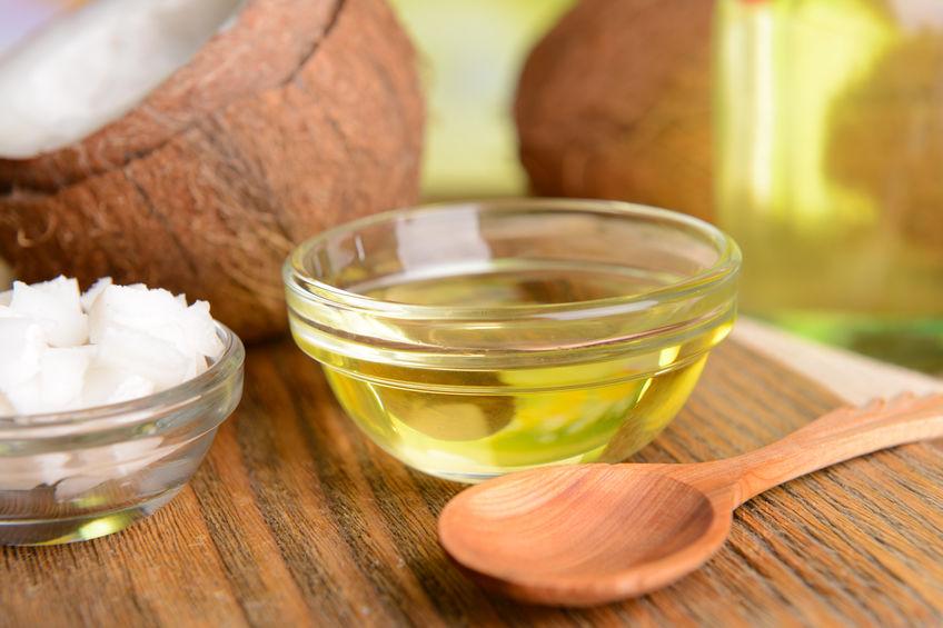 Come sostituire il burro con la frutta secca o con l'olio di cocco.