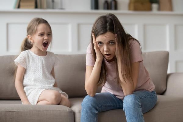 Mamma racconta il difficile rapporto madre figlia