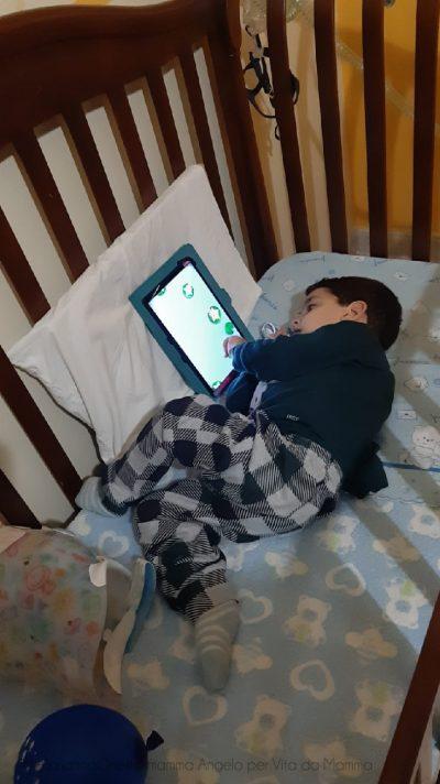 Angelo De Crescenzo ha ottenuto la sua diagnosi di SMA a 8 mesi di vita, 4 mesi dopo i primi sintomi. Fonte immagine ©Marianna Onesto, mamma di Angelo per ©VitadaMamma
