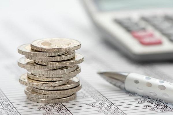 Risparmiare per il futuro: come gestire un budget familiare.
